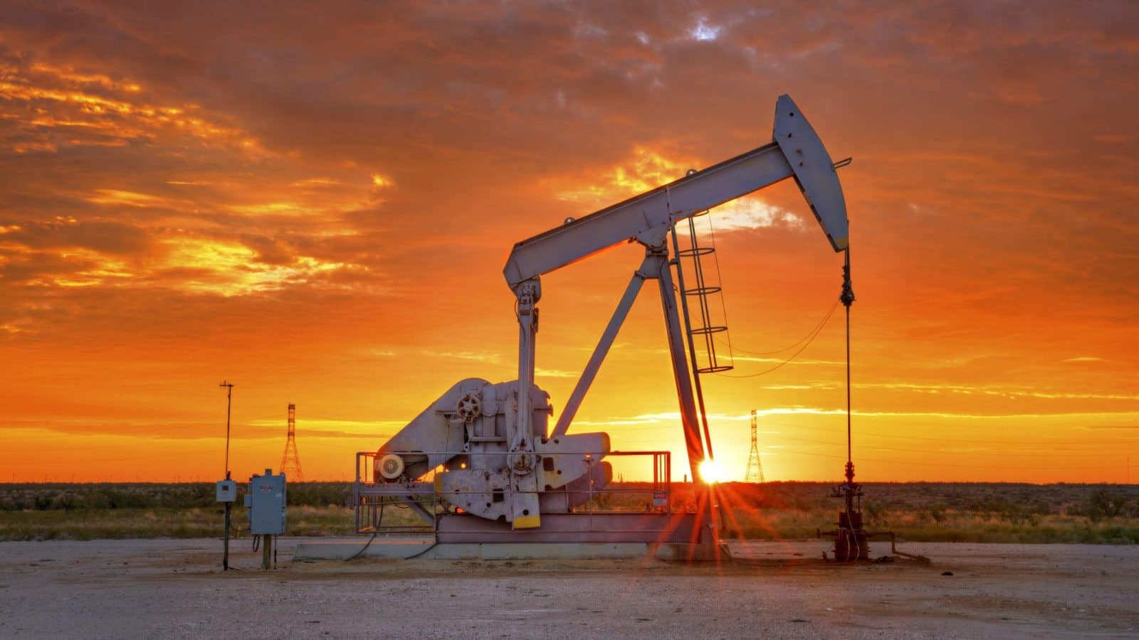 What Are the Risks of Working in a Oil Field? - Thompson Law