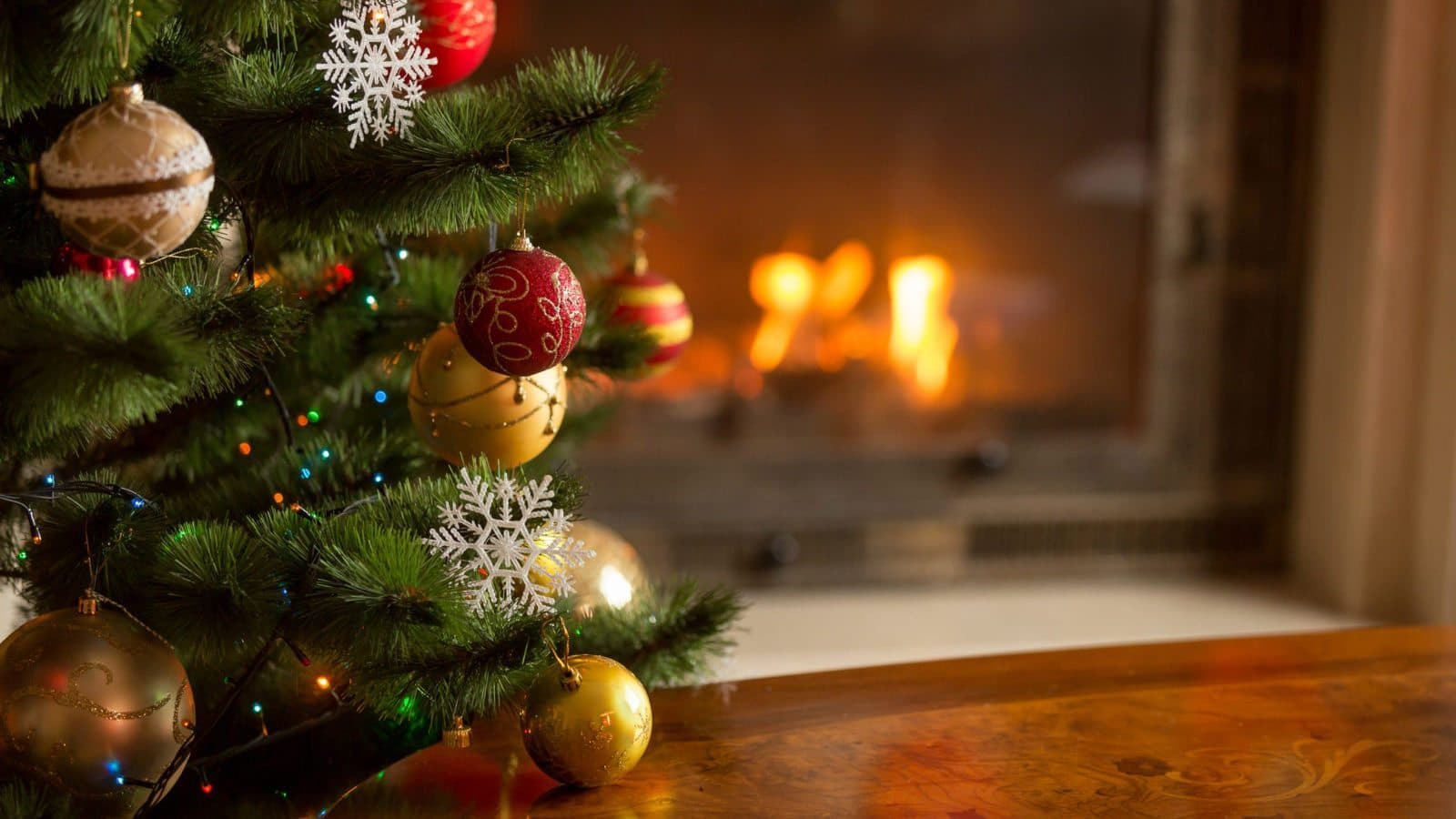 Christmas Tree Background.Your Guide To Christmas Tree Safety Thompson Law